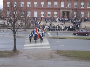 Lyseon lukio osallistui Veteraanipäivän tilaisuuteen keväällä 2001