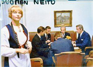 Lahden Lyseo 50 a 1971-11 Sointu Takkala